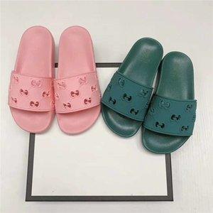 Designer Slides Kids Adult Luxury Slippers Women Mens Home Beach Slides Summer Sandals Boys Girls House Bathing Shoes