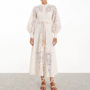 Runway-Kleider 2020 Frauen-Qualitäts-Spitze aushöhlen Stehkragen Laterne Hülsen-lange Kleid der neue Frauen-Partei-Kleid S-XL