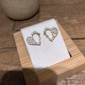 South Korea micro-zircon heart-shaped S925 silver pin earrings temperament crystal love small lovely little fresh earrings