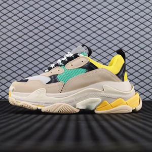 Balenciaga  combinaison Sneaker Multi luxe Triple S Designer marque Soles Bottes des femmes des hommes de qualité supérieure pour femmes de chaussures mode casual sho AH6189