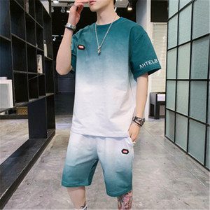 Gradient Summer Short Sleeve Mens Suits Fashion Casual Entertainment Tracksuits Designer Male Pocket Tshirts Pants 2pcs Clothing Sets