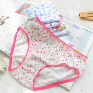 12Pcs / Lot cotone mutandine delle ragazze bambini Culotte biancheria intima dei bambini del fumetto del bambino Shorts mutande mutandine della ragazza