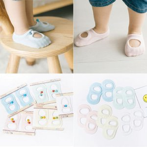 Calcetines del bebé muchacho de la muchacha antideslizante calcetines campanas recién nacido deslizador calza botas 0-12 meses