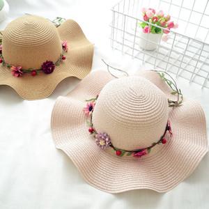 Summer Sunscreen Grass Braid Girl Hat Fashion Flower Wide Brim Hats Outdoor Beach Casual Cap para Mujeres