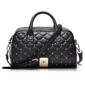 Toptan-Moda yüksek kaliteli deri kim Kardashian ekose perçin omuz çantası ünlü marka çanta kadın haberci çanta çalışma torbasını handbags