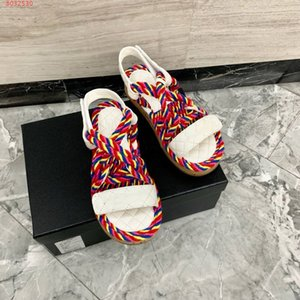 De lujo nuevo cable de mulas mujeres de las sandalias Chunky talón plano de pelo, multicolor abierta del dedo del pie de la marca de moda al aire libre sandalias de cuña ocasionales femeninos