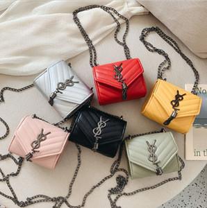 Дизайнерские Детские сумки Мода девочек Сумка Дети Металл Письмо кисточкой цепи сумки Симпатичные девушки Одно плечо Сумки C5654