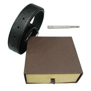 Correas del diseñador para hombre del diseñador de la correa Cinturones de lujo correa de cuero de las mujeres de negocios del regalo grande de la hebilla del oro con la caja original B02