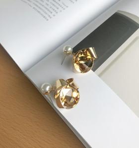 Yabani halka dişi küpe Noble atmosferi alaşımlı BlingBling Yeni örnek Altın Gümüş Şık yenilikçi inci earnail yüksek kaliteli