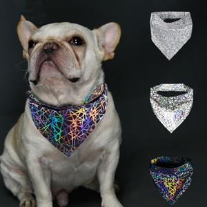 Reflectante Pañuelo para perros mascotas Triángulo bufanda nocturna de seguridad Perros de la bufanda brillante en la noche / luz ajustable de alta visibilidad Nido de cuadrícula