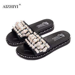 Fashion Student Girls Footwear Summer Beach Coquille Perles Chaussures Casual Femmes En plein air Pantoufles plats de fond épais