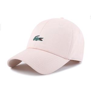 01 Crocodile estilo clásico del deporte del béisbol Caps hombre de alta calidad diseñador de Golf Caps Sombrero de sol de las mujeres de lujo del casquillo del Snapback Cap mejor papá casquette