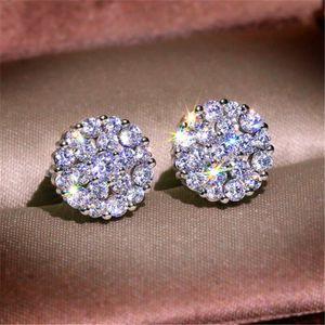 디자이너 여성의 새로운 18K 화이트 골드 여성 다이아몬드 귀걸이 화이트 패션 흰색 구리 지르콘 귀걸이 고급 보석 귀걸이