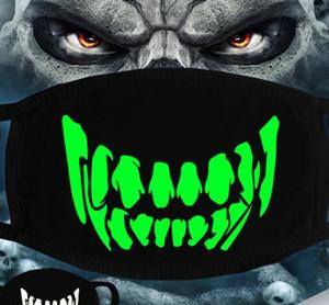 Luminous Gesichtsmaske Halloween-Skelett-Partei-Schablonen-Antistaub Zähne Glow Mundmaske Dunkel in der Nacht Schädel-Maskerade-Masken Meer GGA3514