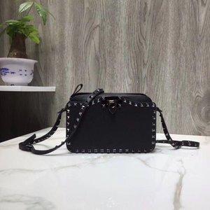 Çanta dikdörtgen bahar ve yaz tarzı Retro kilit düğmesi deri bir omuz sevimli küçük kare torba eğik Tasarımcı-Perçin