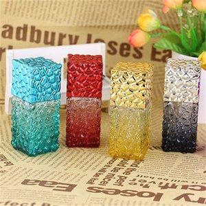 Colore della bottiglia di profumo 25ml quadrato di vetro dello spruzzo bottiglie Loading separata portatili per le donne Esterni Popolare 3 1HX H1