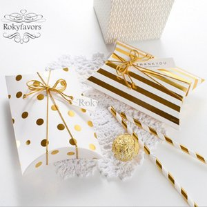 50pcs Altın Çizgili Yastık Şeker Kutuları Düğün dize n Tag'le Tatlı Tutucu Hediye Kutusu Yıldönümü Olay Doğum Paketi Favors