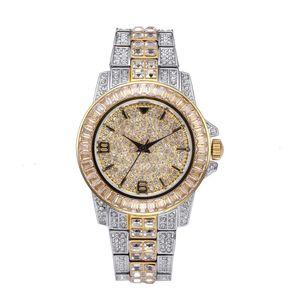 Marca de fábrica superior ICED OUT reloj de cuarzo de oro HIP HOP Relojes con Micro Pave CZ Horas acero inoxidable refinado pulsera de reloj