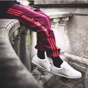 2017sss Kanye West Season 4 Sweatpants Calabasas Old School Pants Sweatpants Three Bars Trousers Fashion Hip-hop Joggers Pants Sport