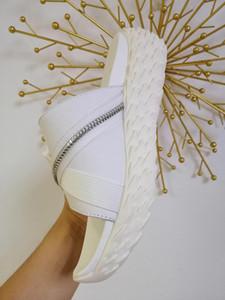 Hot Sale-Luxus-Sandale Thick Sohlen Gummibergreisekomfort Slipper Luxus-Slipper