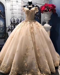 Dubai Luz Champagne Lace Vestidos De Casamento Apliques Florais Puffy Vestidos De Noiva Pérolas Frisado Vestidos De Casamento Vestido De Novia