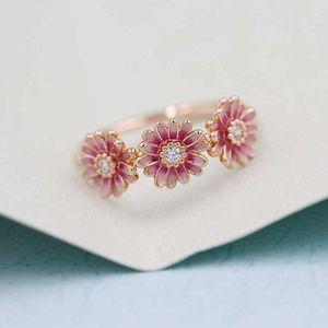 2020 Nouveau 100% Argent 925 Pandora style européen rose de fleur de marguerite émail Trio Bague pour femmes