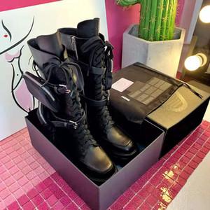 Últimas Mulheres Designer Botas de outono e inverno grossas de fundo sapatos plataforma Aumento bolso Botas Carteira motocicleta