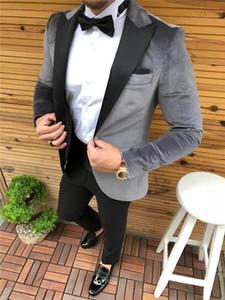 2020 Silver Grey Velvet Smoking Jacket Men Suits Peaked Lapel Groom Dress Prom Best Man Blazer Slim Fit Men Wedding Suits Tuxedo