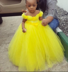 Yellow Little Princess Ball Gown Baby Girls Dresses Puffy Tulle Off the Shoulder Tutu Girl Infant Kids Birthday Party Dress