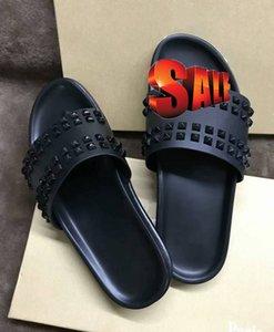 Donna Çivili Kırmızı alt terlik Tasarımcı Kırmızı Bottoms Ayakkabı erkekler Perçin Dikenler Düz terlik