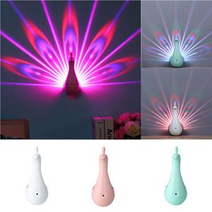 Nueva moda 3D Night Peacock Projection Light Home Wall Peacock USB de carga LED Colorido Proyección Mágico Light Home Party Decor