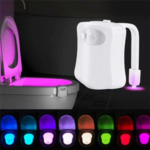 Smart Motion Sensor Toilet Seat Night Light 8 colori impermeabile lampadina per Toilet Bowl lampada LED WC servizi igienici Luce
