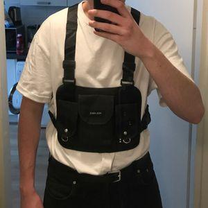 Hip Hop Street Suit Tactical Bag para hombre Conjunto de correa para el pecho para mujer Bolsillos Kanye West Punk Canvas Chest Bag Black