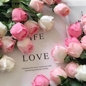 20 adet / grup! Toptan gerçek dokunmatik keçe çiçekler yapay gül tomurcukları lateks gül düğün dekoratif çiçekler sahte güller