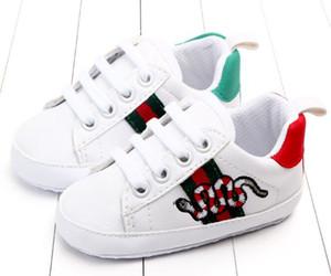 Bebê recém-nascido meninos clássico considerável Primeira Walkers Shoes Bebê Infantil Criança PU suave sola Shoes