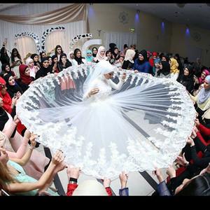 2020 Vintage мусульманские с длинным рукавом Хиджаб Veil мусульманского Свадебного платье ручной работы Цветы из бисера Кружево арабских турецкие Исламских свадебных платьев