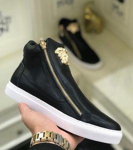 2020 Yeni high-end özel Medusa yüksek top ayakkabı erkek tüp küçük beyaz ayakkabılar spor ve eğlence erkek ayakkabıları gelgit botlar, boyut: 38-44
