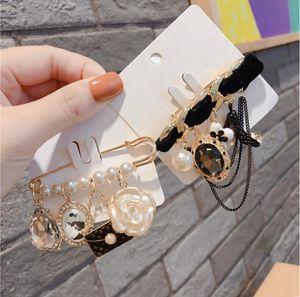 Hot new Korean fashion brooch Original design black tassel style pin buckle badge brooch free shipping