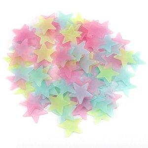 3 CM 100 PCS / ensembles 3D Étoiles Stickers Muraux Decal Glow Dans Le Sombre Bébé Enfants Chambre Décor À La Maison Couleur Lumineux Fluorescent Stickers Muraux M396