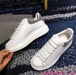 Cheap Luxury Designer Men Women Sneaker chaussures Casual Shoes Low Top Leather Sneakers baskets pour femmes Shoe Walking Sports Trainers