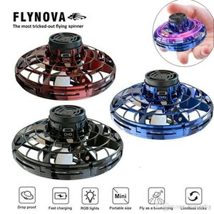 FlyNova UFO Fidget Spinner 2020 New Mini Decompression Toys Flying Spinning Tops Fingertip Toys Boys Girls LED Light New Year Gifts Toys 04
