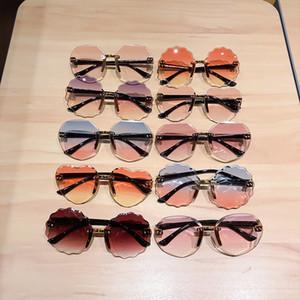 21 Stiller Çocuk Kız Erkek Güneş Gözlüğü Çocuk Plaj Çerçevesiz UV Koruyucu Gözlük Moda Kalp Güneş şemsiyeleri Gradient Renk Gözlükler M2045