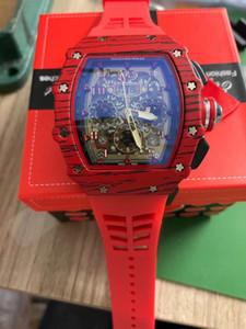 2020 Nouveau Top luxe de haute qualité Mens Watch Quartz Montre chronographe Homme en caoutchouc Bracelet Sport Hommes Montres Hommes Montres-bracelets