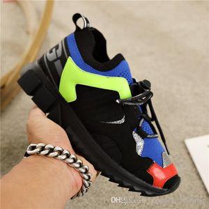 sneaker autunno / inverno per il 2019, in pelle smerigliato con tessuti a maglia bassa-top scarpe da ginnastica, Uomini altezza donne Aumentare scarpe con formato della scatola 35-45