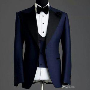 Customize Design Marinha Azul Men Wedding Tuxedos pico lapela Um botão do noivo smoking Homens de casamento / Jantar / Darty Dress (jaqueta + calça + gravata + Vest) 831