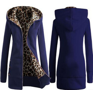 Wholesale women's autumn and winter new hooded thickened leopard print sweater