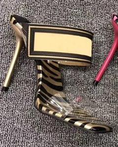 tatsächliche Schuhe große Größe 42 43 Frauen Sandalen Schuhe schieben Summer Fashion Stilettos Slippery PVC Pantoffel mit Box