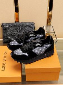 2020K nuovi popolari scarpe da trekking uomini del progettista scarpe scarpe casual rapidamente spediti alla casella originale viaggio