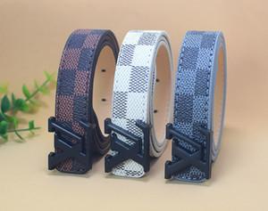 Venta al por mayor Classic Plaid brand Kids PU cinturones de cuero niños Negro Plata Oro hebilla Para niños Ocio correa de cintura / pretina