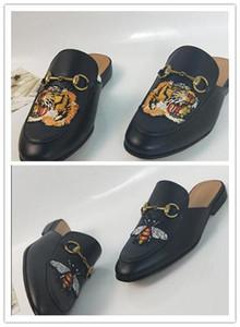 GUCCI Dior Chanel Givenchy UGG Louboutin Mocassini in pelle di lusso Muller Designer pantofola scarpe da uomo con fibbia in modo delle donne Princetown uomini pantofole signore cas